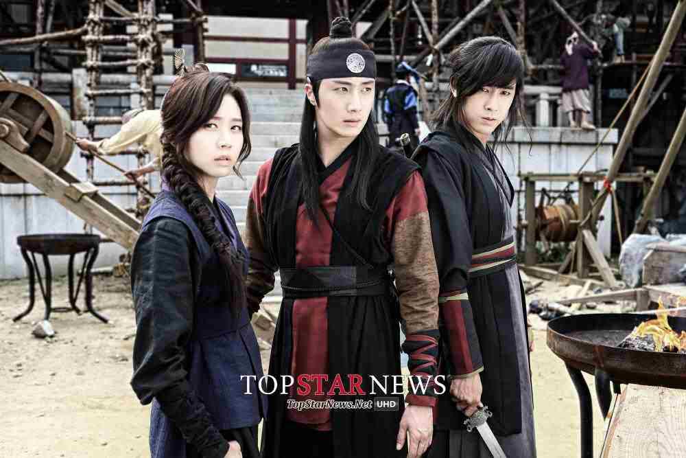Азия - дорамы & k-pop - Страница 6 Yunho23